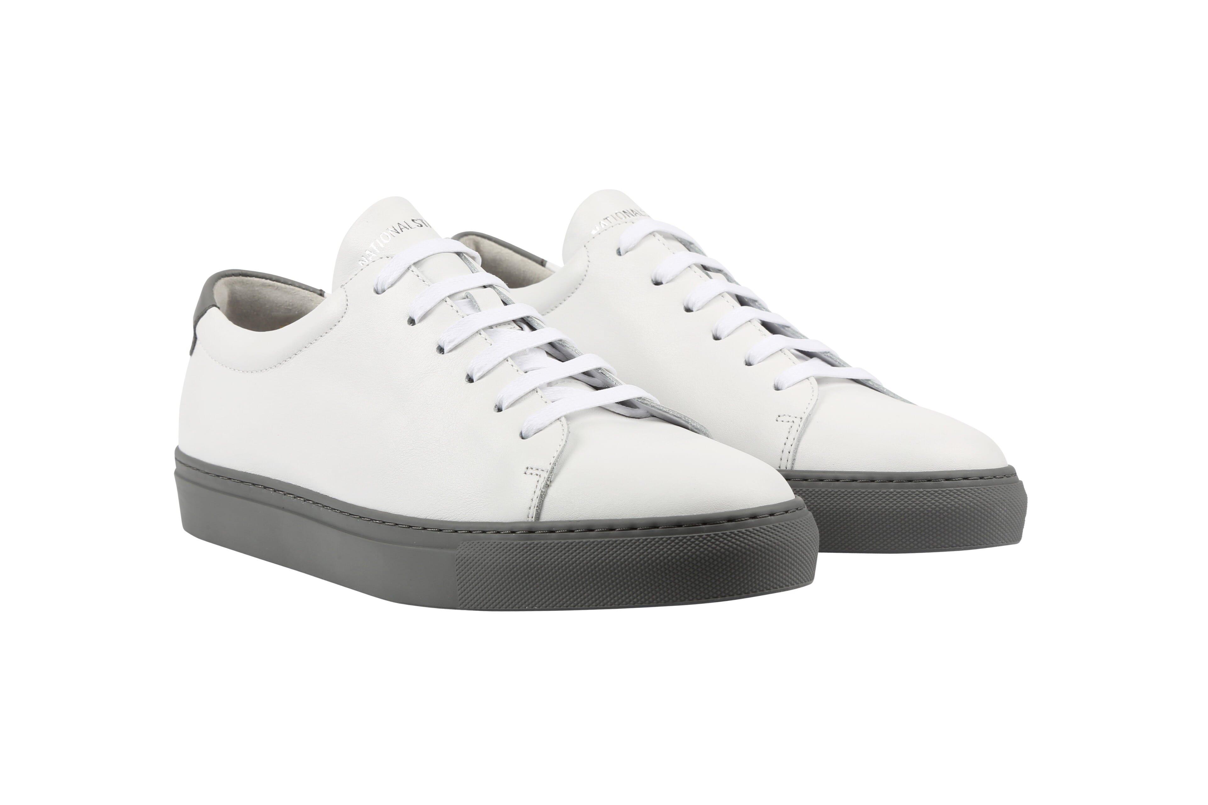Edition 3 blanche semelle grise